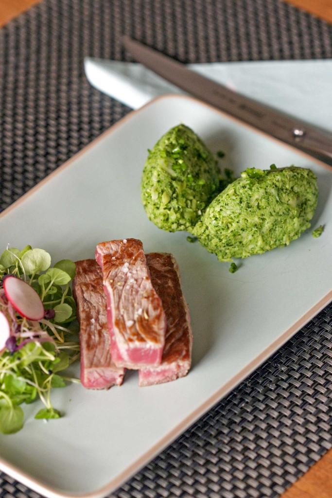 brocollipuree-met-biefstuk