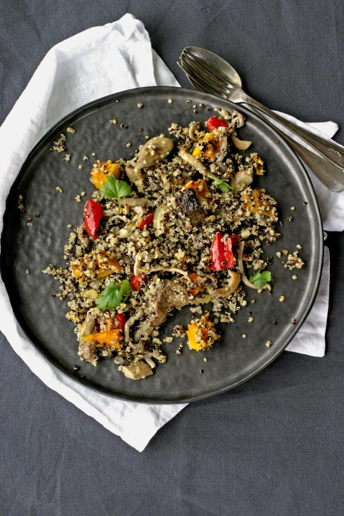 quinoa-salade-met-paddenstoelen-en-pompoen