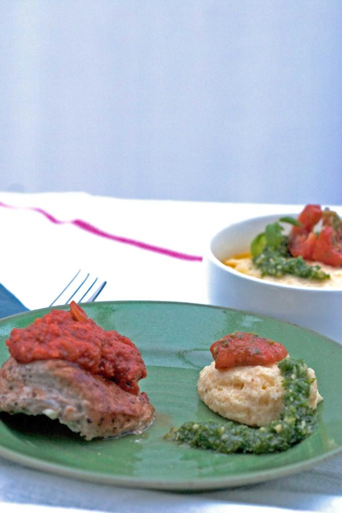 polenta-met-pesto-en-zongedroogde-tomaat