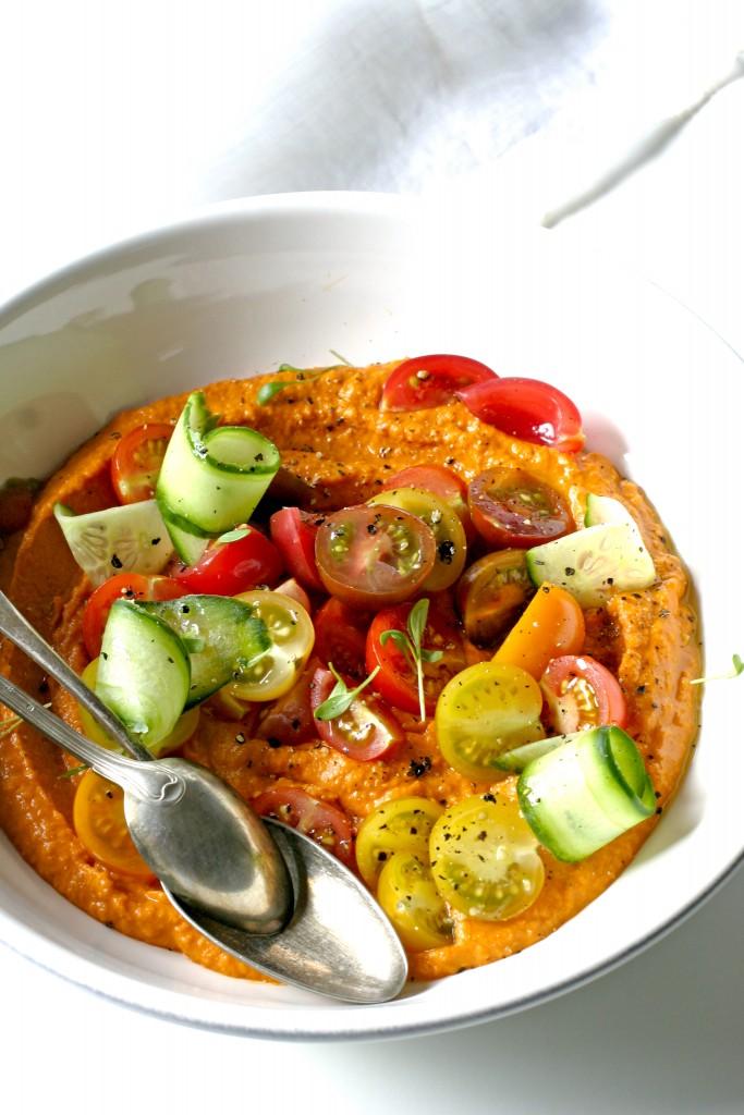 humus-van-geroosterde-rode-paprika