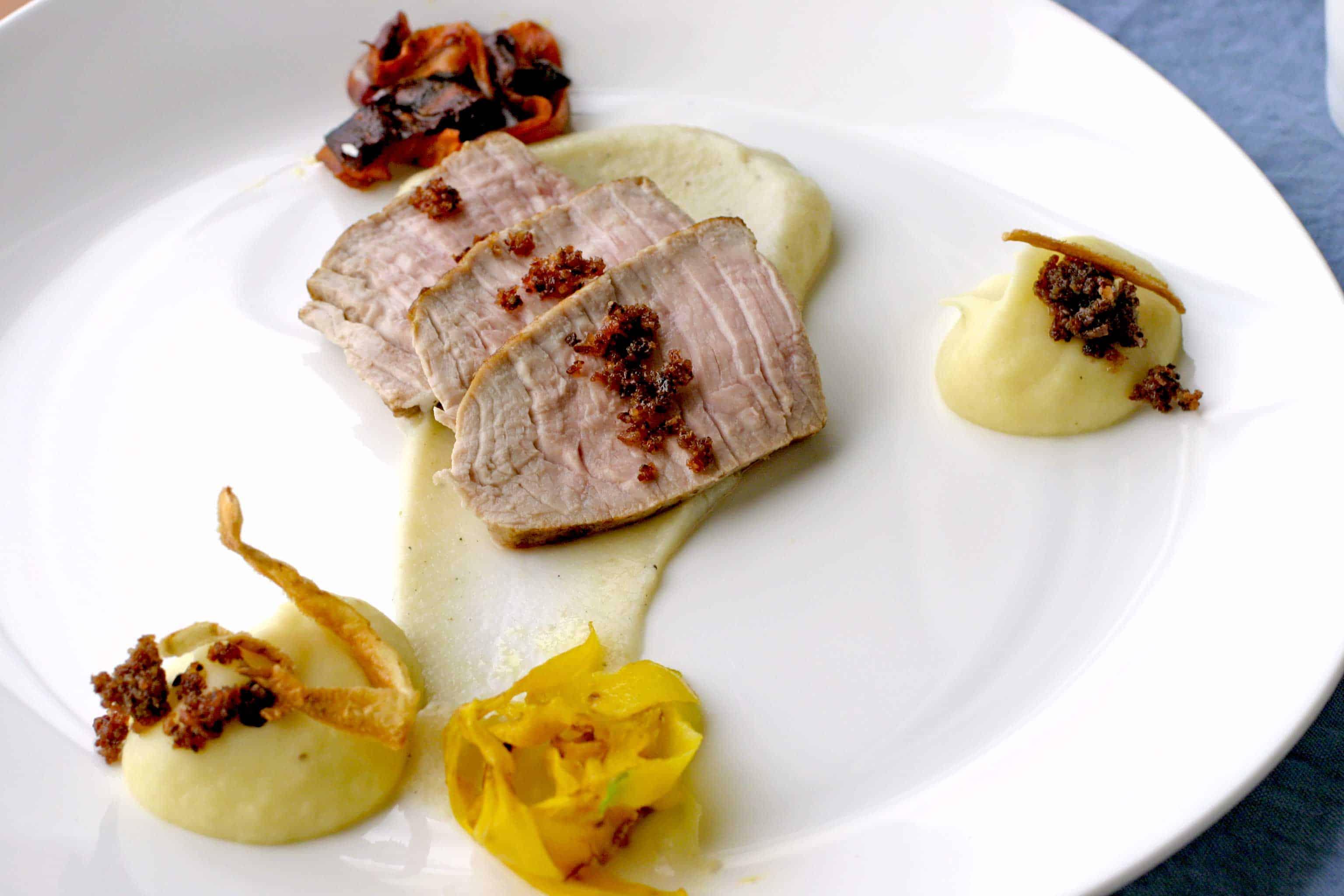 Kalfsvlees met aardpeer en kardemom puree